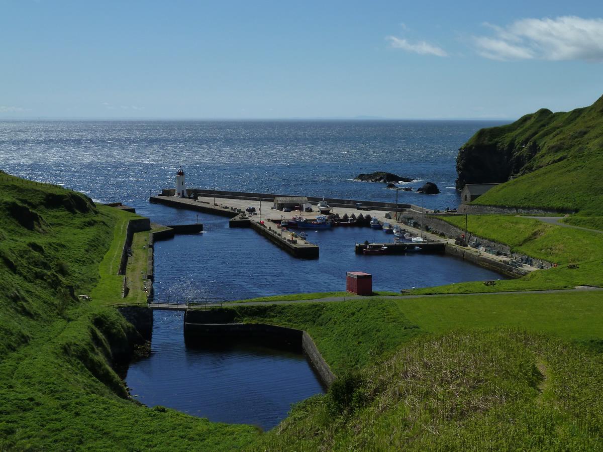 scotland-lybster-harbour-caithness-highlands